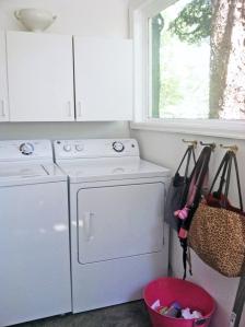 laundrymachinesright