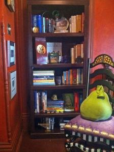 booksheflafterclose