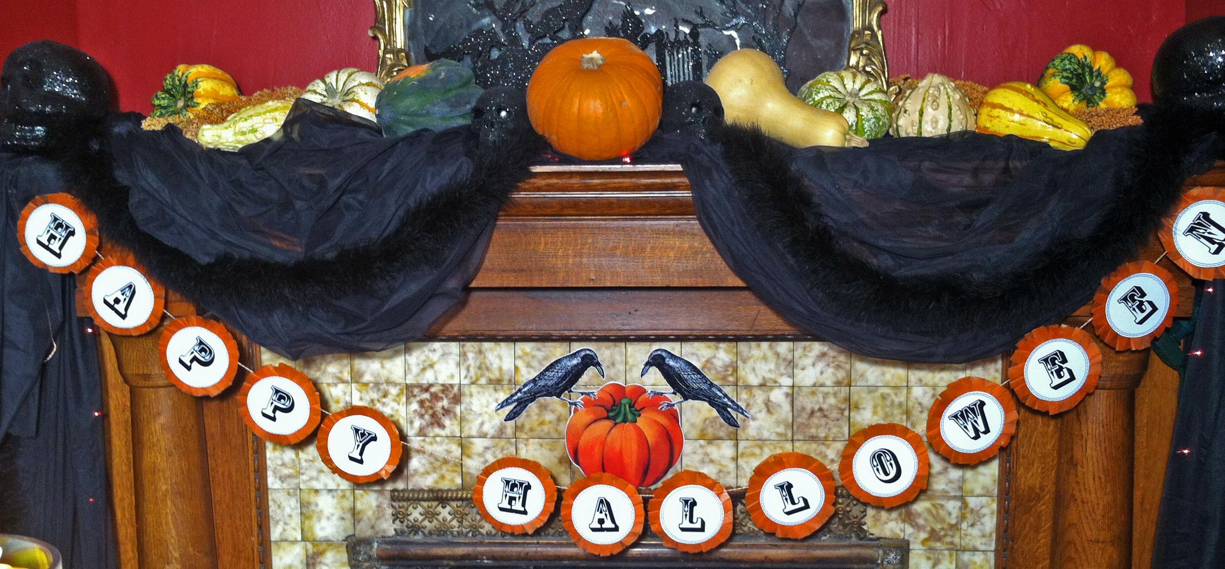 Charming victorian gothic halloween garland diy plus for Halloween girlande