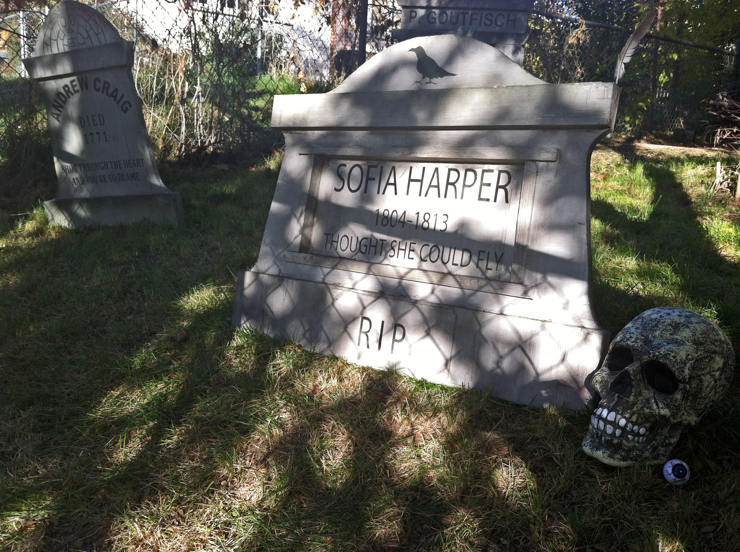 killer scrap wood diy halloween tombstones – i wish i was this