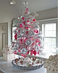 pink-silver-christmas-tree-modern-christmas-decorating-idea