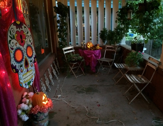 halloween2014porchdusk1