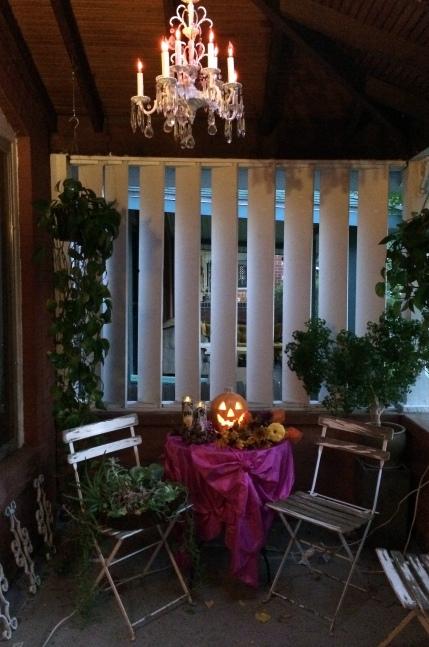 halloween2014porchdusk6