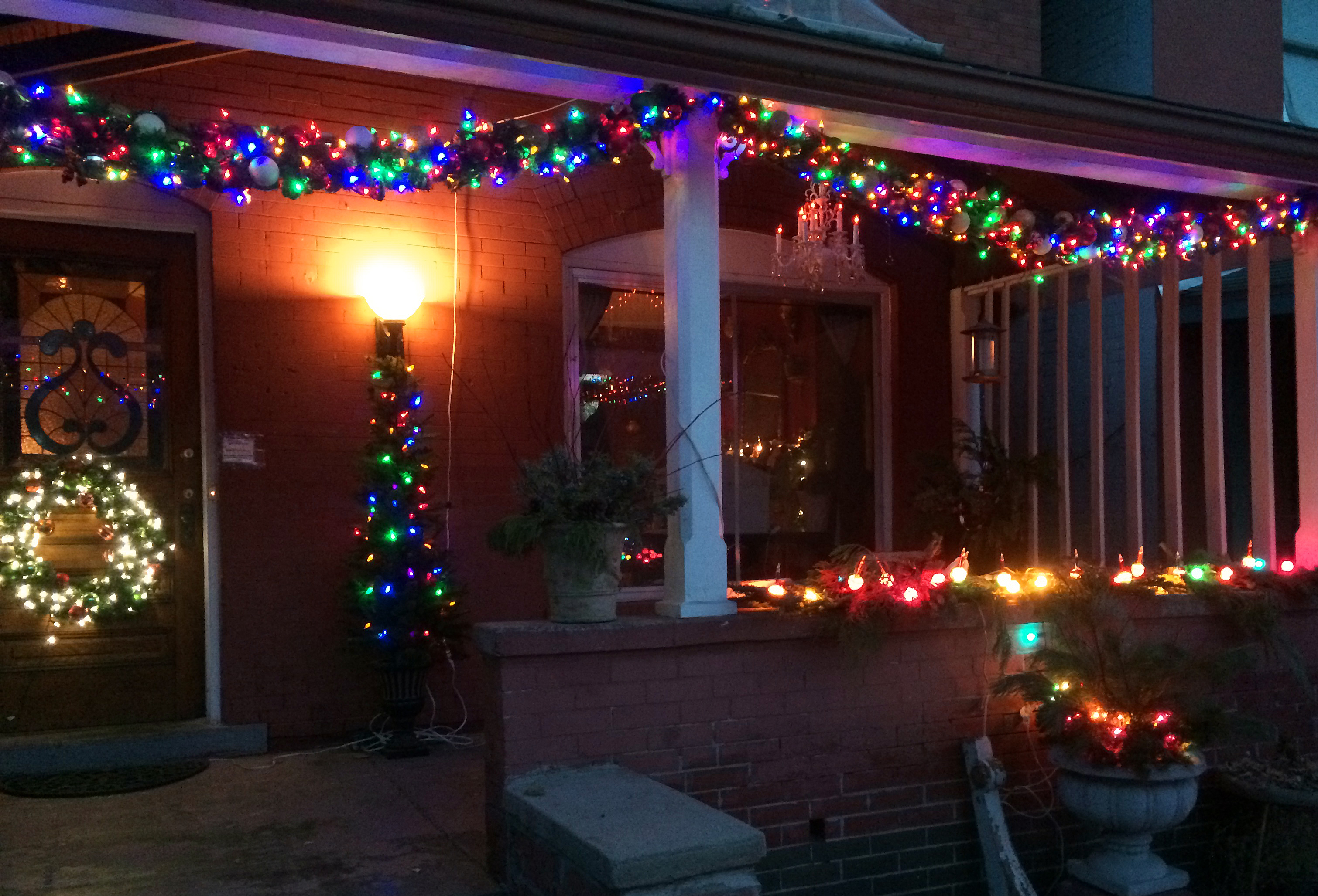 Lit Christmas Garland