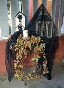 halloweenhousefront2